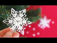 紙で作る雪の結晶オーナメントの作り方【クリスマス】 DIY How to Make Paper Snowflake - Christmas Decor Quilling Christmas, Christmas Crafts, Christmas Decorations, Christmas Ornaments, Paper Snowflakes, How To Make Paper, All Things Christmas, Origami, Paper Crafts