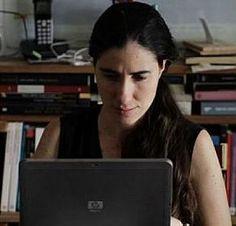 Blogueira e opositora cubana Yoani Sánchez é presa | Ela estava na cidade do julgamento de político espanhol envolvido no acidente que matou Oswaldo Payá. http://mmanchete.blogspot.com.br/2012/10/blogueira-e-opositora-cubana-yoani.html