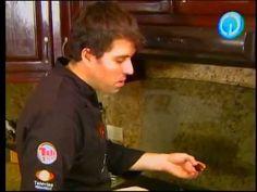 """Hasta la Cocina con Chef Manuel Salcido"" al aire 9/octubre/2014, receta: mejillones en salsa verde con espinaca!!! buena vibra!!! #chefcms #hastalacocina #televisa #televisahermosillo #hermosillo #mejillones #cocina http://youtu.be/H6L7kgbW4ks?list=UUecpr47dRVb3c7jUUAlRowQ"