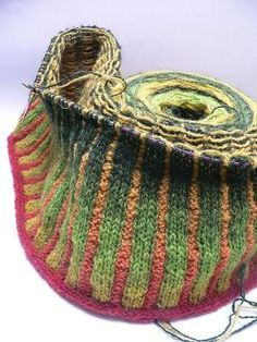 corrugated knitting in self-striping yarn #knit by Kirakitty
