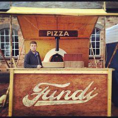 Fundi Pizza stall
