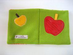 """Le livre d'éveil sensoriel à étiquettes """" croque la pomme """" : Jeux, peluches, doudous par au-zizile-bazar Coin Purse, Creations, Purses, Wallet, Etsy, Plushies, Softies, Apple, Handmade Gifts"""