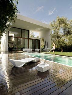House in Rocafort by Ramon Esteve Studio VILLA WHITE COOL POOL WOOD