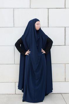 Navy open sleeve feet length khimar - Najhymm Niqab Fashion, Woman Fashion, Modest Fashion, Hijab Niqab, Mode Hijab, Beautiful Hijab, Hijabs, All About Fashion, Veil
