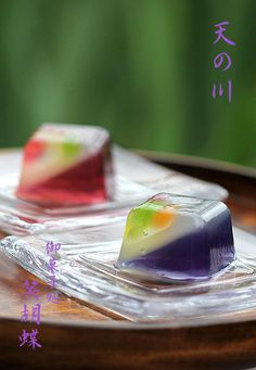 Japanese Sweets, wagashi, 錦玉羹・天の川の Nishiki-dama | I translated, a recipe, too. Japanese Sweets, Japanese Pastries, Japanese Wagashi, Japanese Cake, Japanese Food, Luxury Food, Beautiful Desserts, Asian Desserts, Tea Ceremony