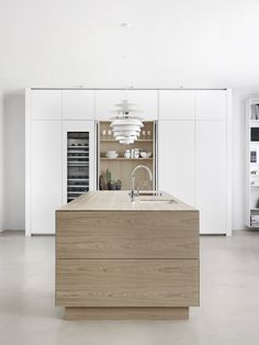 Solid wood kitchen with push to open doors FORM 45 - WHITE STAINED OAK - @multiform