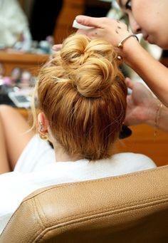 Bella Thorne.. #hair #knot #bun #ballerinahair #beauty