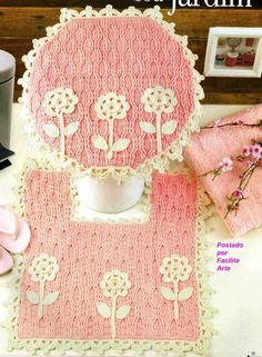 Pink crochet bathroom set ❤️LCB-MRS ❤️ with diagrams. --- Facilite Sua Arte: Jogo de Banheiro 1 - Tampo do Vaso