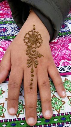 42 beautiful henna tattoo designs for women to try out - Henna Tattoo - Hand Henna Designs Henna Hand Designs, Eid Mehndi Designs, Henna Tattoo Designs, Mehndi Designs Finger, Beginner Henna Designs, Stylish Mehndi Designs, Mehndi Designs For Fingers, Mehndi Design Photos, Bridal Henna Designs