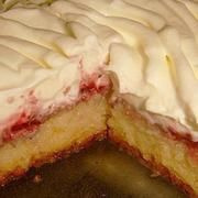 Ez a legporhanyósabb, legomlósabb linzer titka! Pie, Desserts, Food, Torte, Tailgate Desserts, Cake, Deserts, Fruit Pie, Eten