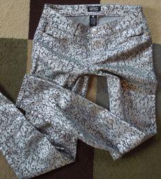CELEBRITY PINK Cheetah Jeans Silver Print Skinny Women Sz 5 CASTLE ROCK SEXY #CelebrityPink #Fashion #DesignerJeans #Denim #Cheetah