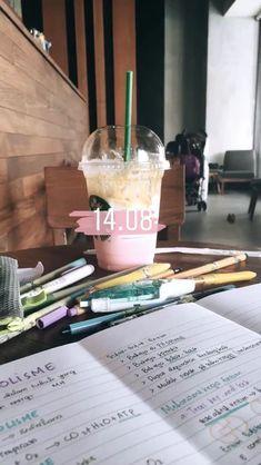 Creative Instagram Stories, Instagram Story Ideas, Study Motivation Quotes, Study Organization, Insta Snap, Study Photos, Insta Photo Ideas, Study Hard, Study Inspiration