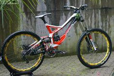 Specialized Demo 8 II 2012 Large | Bikemarkt.MTB-News.de