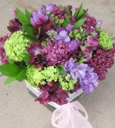 freesia, lilac, viburnum, sweet pea