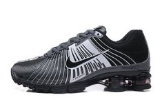 New Arrivel Nike Air Shox Fabrique 2018 Charcoal Gray Black White Mens Running Shoes Shox Sneakers Cheap Running Shoes, Black Running Shoes, Platform Tennis Shoes, Nike Shox Shoes, Mens Nike Air, Metallica, Me Too Shoes, Charcoal Gray, Black White