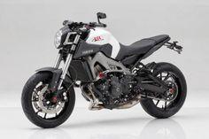 Yamaha MT-09 by LSL