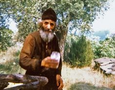 This photo of St. Paisios was taken by Metropolitan Hierotheos of Nafpaktos in A little over a year ago, when St. Porphyrios of Ka. Miséricorde Divine, Pray Always, Orthodox Christianity, Orthodox Icons, Kirchen, Saints, Religion, Spirituality, Hipster