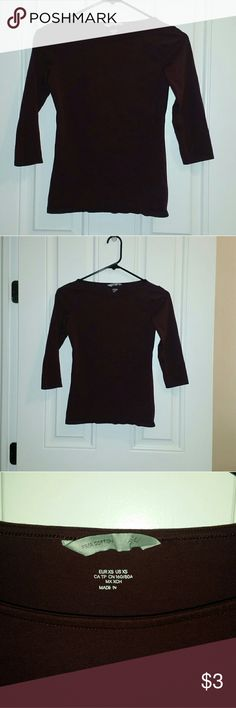 H&M maroon shirt A great basic to layer with or just keep it simple with some jeans. Hardly worn. H&M Tops Blouses