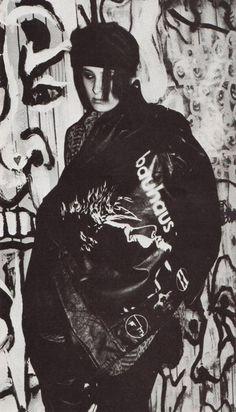 DIY jacket in 1987 *mine looked like this . 80s Goth, Goth Glam, Punk Goth, Vintage Goth, Dark S, Deathrock Fashion, Blitz Kids, Gothabilly, Riot Grrrl
