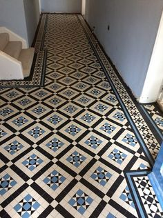 We supplay and instal Victorian tiles hallway in the London area, Victorian tiles London can supplay you whit correct Victorian tiles Tiled Hallway, Hallway Flooring, Modern Hallway, Victorian Tiles Bathroom, Victorian Mosaic Tile, Mosaic Tiles, Tiling, Porch Tile, Living Room Decor Cozy