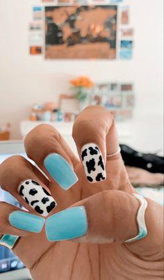 dip nails with cute rings-senja Acrylic Nails Coffin Short, Simple Acrylic Nails, Summer Acrylic Nails, Best Acrylic Nails, Square Acrylic Nails, Coffin Nails, Summer Nails, Edgy Nails, Grunge Nails