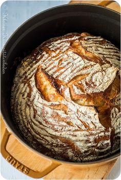 Frisch gebackenes Brot - ganz ohne Kneten. #NoKneadBread