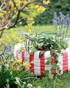 gartendeko selber machen autoreifen streifen weiß rot pflanzen