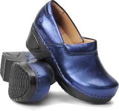 30a718451271 10 Best shoes images in 2015   Nurses, Nursing, Nurse mates shoes