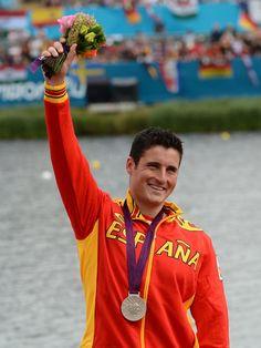 David Cal. el deportista español con más metales olímpicos de la historia, medalla de plata en los 1.000 metros, en la modalidad de C-1 de piragüismo en los Juegos de Londres 2012.*
