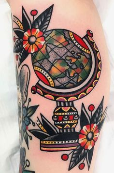 Discover recipes, home ideas, style inspiration and other ideas to try. Globe Tattoos, Tattoos Skull, Leg Tattoos, Black Tattoos, Small Tattoos, Cool Tattoos, Tattoo Ink, Arm Tattoo, Traditional Thigh Tattoo