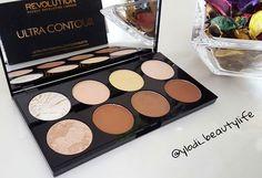 Ultra Contour Palette by Makeup Revolution London  #makeuprevolutionlondon #contouring #palette #makeup #beauty #cosmetics #blog #beautyblogger #beautyblog #makeupblogger