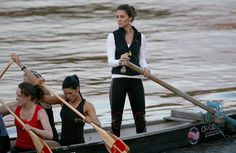 THE sight of Kate Middleton at the helm of a Dragon Boat on the River Thames is one of the defining images of her relationship with Prince William. Kate Middleton Queen, Kate Middleton Outfits, Middleton Family, William Kate, Prince William, Duchess Kate, Duchess Of Cambridge, Guy Pelly, Dragon Boat