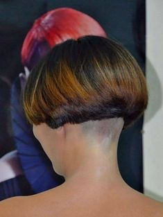 Excellent Long hair styles info are available on our internet site. Check it out and you wont be sorry you did. Stacked Bob Hairstyles, Short Bob Haircuts, Pixie Hairstyles, Cool Hairstyles, Wedge Hairstyles, Shaved Bob, Shaved Nape, Half Shaved, One Length Bobs