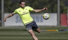 Gareth Bale believes Real Madrid can still pip Barcelona to La Liga title