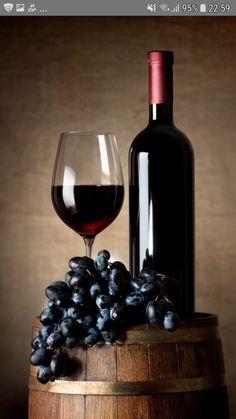 Wine Painting, Acrylic Painting Lessons, Fruit Painting, Wine Bottle Art, Wine Art, Glass Photography, Still Life Photography, Wine Glass Images, Wine Jelly