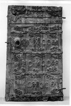 Door, 14th Century European.  Wood, with iron straps and fittings. Met Mus. Art.