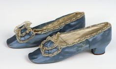 Pretty 1870s evening slippers in wedgewood blue.