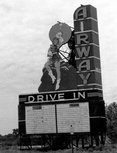 Sign for the Airway Drive-in Theatre on St. Charles Rock Road in north county opened in 1948 - I remember seeing the original 1971 Mechanic movie with my sister's friend, it is a experience today's youth will never experience along with the skeeters. Outdoor Movie Screen, Outdoor Theater, Outdoor Cinema, Drive Inn Movies, Drive In Movie Theater, 1800s Photography, Fashion Photography, Old Movies, Vintage Movies