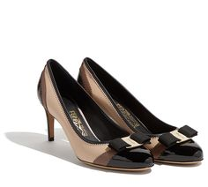 Classic pump featuring the iconic Vara bow updated with zig zag details and  contrasting colorblock trim