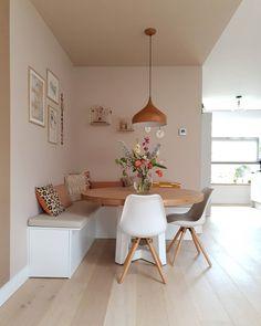 Kitchen Nook, Kitchen Decor, Kitchen Design, Dining Nook, Dining Room Design, Apartment Interior, Kitchen Interior, Home Living Room, Living Room Decor