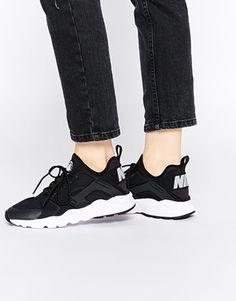 Nike – Air Huarache Ultra – Sneakers in Schwarz & Weiß