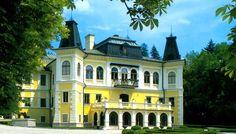 hrady a zámky slovensko - Hľadať Googlom Bratislava, Czech Republic, Prague, Day Trips, Castles, Roots, Mansions, Country, House Styles