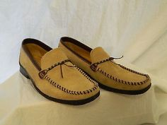 Bass Tan Suede Loafers Brown Leather Accent Beaded Womens US Shoe Size 9.5M Low