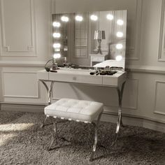 I've been spotting some fantastic DIY vanity mirror recently. Here are 17 ideas of DIY vanity mirror to beautify your room White Makeup Vanity, Lighted Vanity Mirror, Makeup Table Vanity, White Vanity, Lights Around Mirror, Makeup Mirror With Lights, Make Up Mirror, Hollywood Mirror With Lights, Rangement Makeup