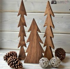 A happy accident - wood trees. How to make your own!A happy accident - wood trees. How to make your own! Christmas Wood Crafts, Christmas Projects, Holiday Crafts, Christmas Crafts, Christmas Decorations, Christmas Trees, Xmas, Fall Projects, Christmas Signs