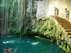 Eco-Arqueological Park Ik Kil: Ik Kil - Chichen Itza, Mexico