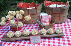 Are you looking for unique and creative ideas for your next party? Life is Made with Katie Miles features entertaining ideas for many occasions with tips on decorating, recipes and party favors. Outdoor Movie Party, Outdoor Movie Nights, Movie Night Party, Party Time, Sweet 16 Parties, Holiday Parties, Backyard Movie Theaters, Party Market, Popcorn Bar