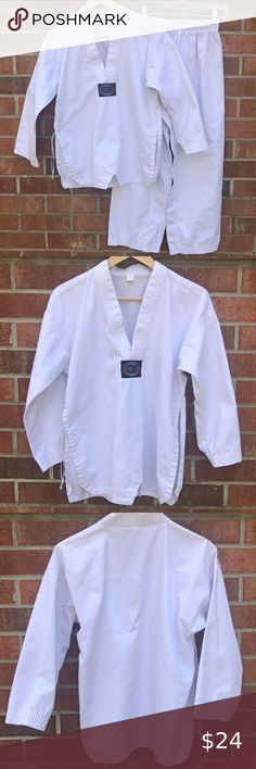 Tiger Claw TC2000 Martial Arts Uniform w// White Belt Multiple Sizes Available