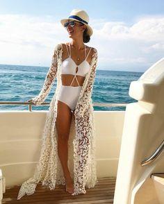 designer bademode weiße bikini spitze oberteil dekorativ und wunderschön