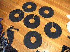 Swiss Miss Seamstress: How to make circle ruffles